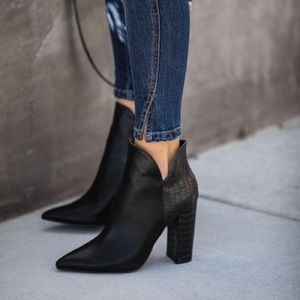 Qupid What A Night Heeled Pointed Snake Bootie